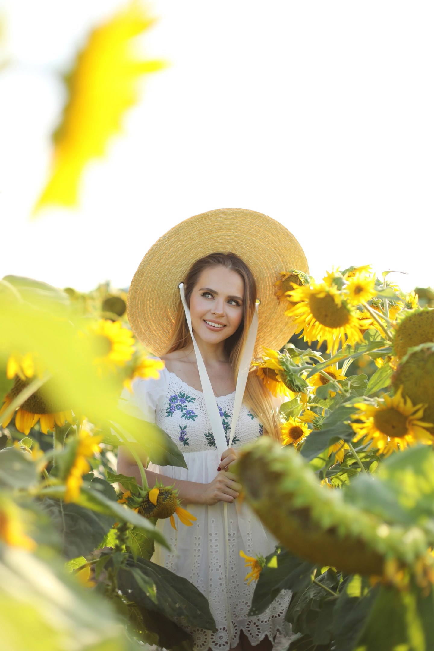 Sunflower Field Photoshoot  Outfit Ideas